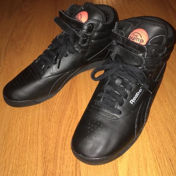 mucho Dibujar Subproducto  Reebok Shoes   Pump High Top Sneakers   Poshmark