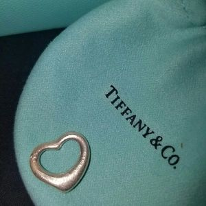 Tiffany & Co Elsa peretti 925 silver heart pendant
