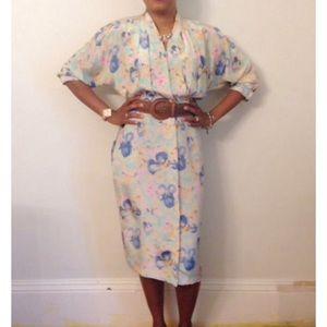 Dresses & Skirts - 🎈Sold 🎈Vintage floral dress ~Breli Originals