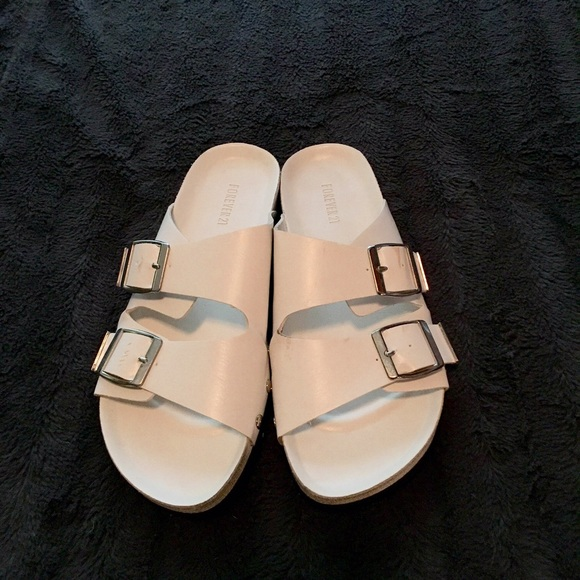d4e73dac3dfd Forever 21 Shoes - Forever 21 Sandals (Birkenstock style)