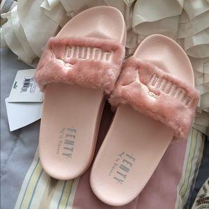 puma rihanna pink slides