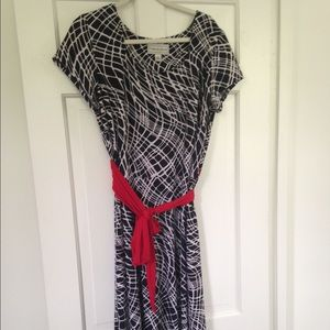 Dresses & Skirts - Black and White dress with pop of Red!