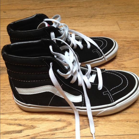 4ee268952e Vans SK8-Hi Core Classics sneakers 7.5 women 6 men.  M 575474d9bcd4a7bd1105e429