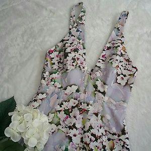 Bec & Bridge Dresses & Skirts - Gorgeous Bec & Bridge floral dress