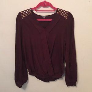 Embellished arm slit blouse