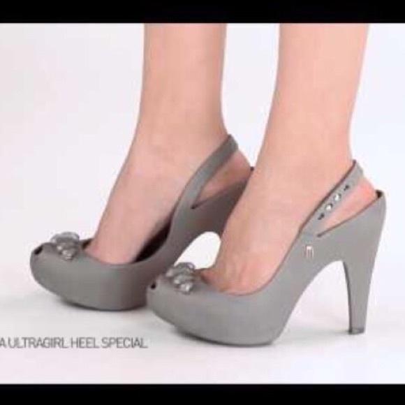fd4777b87064 New Melissa Jelly Slingback Heels Size 7