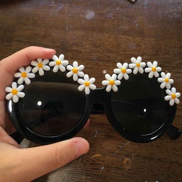9dc057ac4f0 Vintage handmade sunflower sunglasses