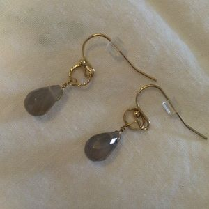 Jewelry - Dainty gold and grey earrings