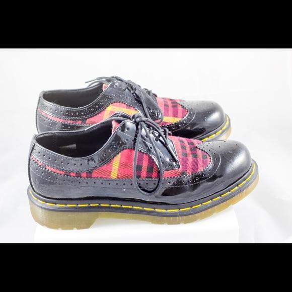 9285032a5a8d6 Dr. Martens Shoes   Dr Doc Martens Marnie Black Plaid Wingtip   Poshmark