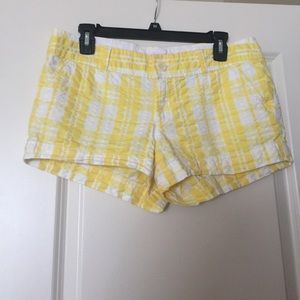 Lilly Pulitzer Yellow Plaid Walsh Short White 6