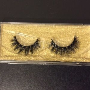Other - Tiffany Mink Lashes