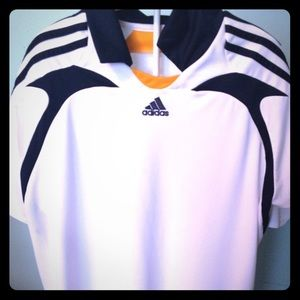 NWOT Official MLS LA Galaxy Soccer Jersey!