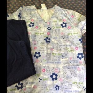 1 set of scrub top and pants preowned