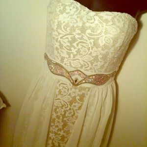 Gold/Cream Formal Dress