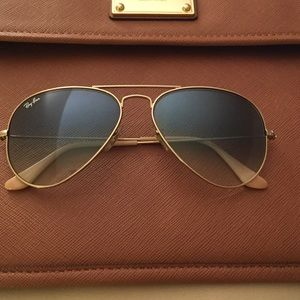 Ray-Ban Accessories - Authentic used Ray Ban Aviators