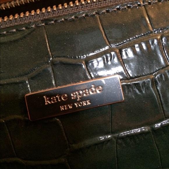 kate spade Bags - Kate Spade Green Crocodile Embossed Satchel