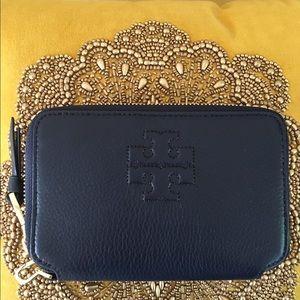 Tory Burch Handbags - 🆕Tory Burch Thea Navy blue Wallet Wristlet
