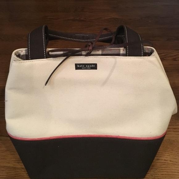 kate spade Handbags - Kate spade small tote