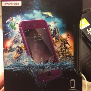 Lifeproof Fre case for iPhone 6/6s in purple