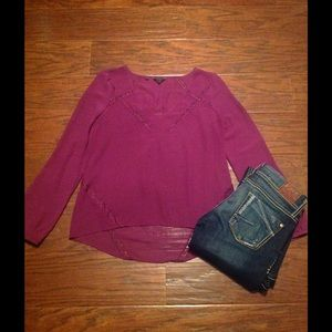Guess Sheer Top. Size S.