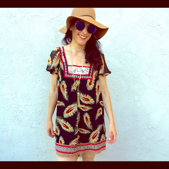 FOREVER 21 Boho Feather Print Mini Dress Small