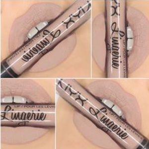 🆕NYX Corset Lingerie Lipstick SEALED