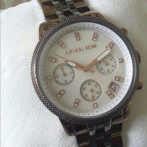 Michael Kors Gold Link Watch