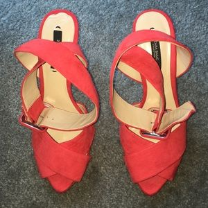 Zara Shoes - 🔺FINAL PRICE🔺 Zara Red Heels