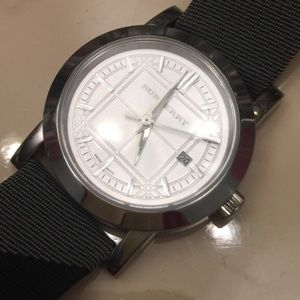 Burberry Accessories - Burberry ladies watch