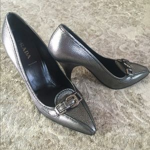  2x host pickPrada pumps