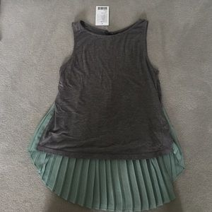 Sparkle & Fade Tops - Fun gray tank top with green pleats.