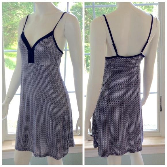 e7bca5da4564 Marilyn Monroe Intimates & Sleepwear   New 2 Pc Robe Nightgown Set ...