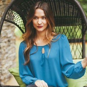 💥HP💥 Jaleh Chiffon Keyhole Blouse in Blue