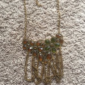 Jewelry - Green and amber jeweled necklace