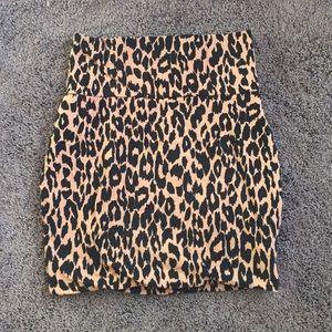 Leopard print body con skirt