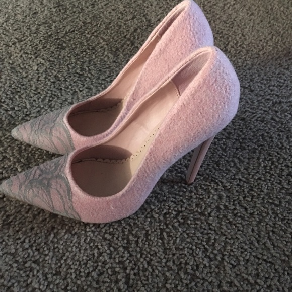 Madison Shoes | Pale Pink Stilettos