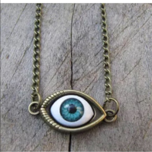Jewelry - ‼️ MUST BUNDLE TO BUY ‼️   EYE necklace