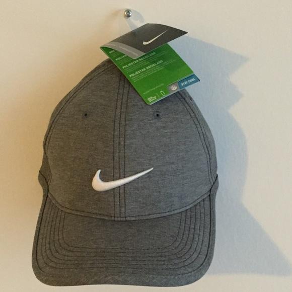 5e95a9faa Men's Nike Grey ultralight contrast hat NWT