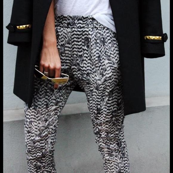 0881d10dac Isabel Marant pour H&M Pants - Isabel Marant Pour H&M Ikat silk Pants