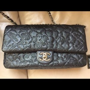CHANEL Handbags - Discontinued East West Chanel!
