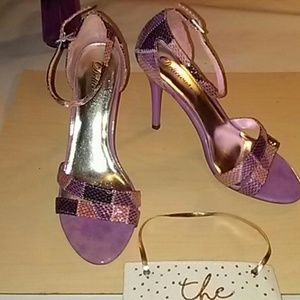 Delicious Shoes - Delicious Ruyi Heels- Size 8