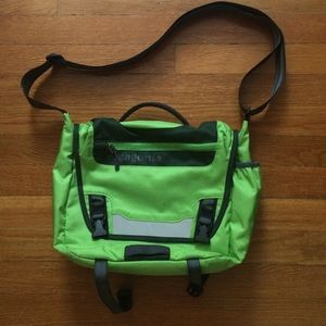950e5295507 ... new product 9cf36 7769a Patagonia Bags - Patagonia Mini Mass 12L messenger  bag ...