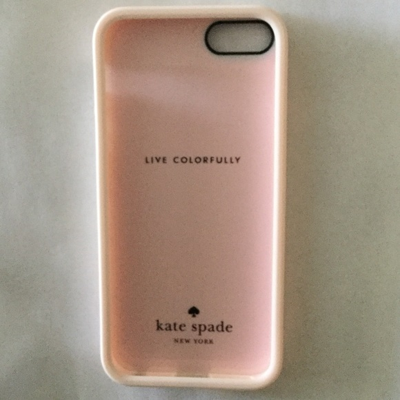kate spade Accessories - NWT Kate spade iPhone 5/SE light pink gold stripes