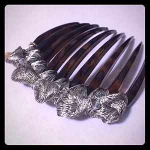 Colette Malouf Accessories - Mesh Knotted Tort Comb w Swarovski Crystals ✨Firm✨