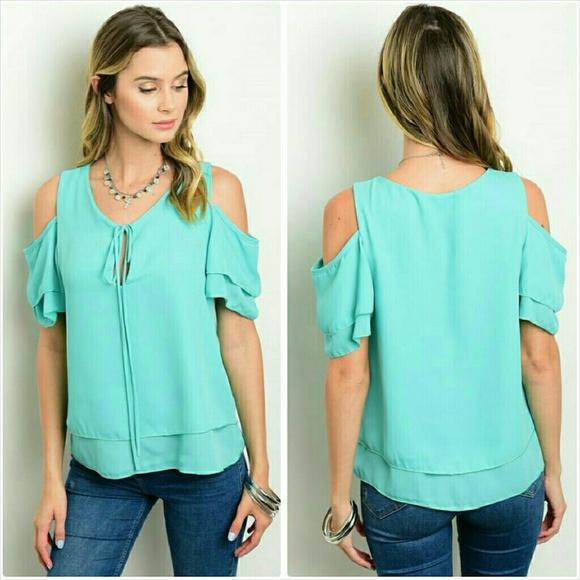 f7690c4ca75b9 Short sleeve mint cold shoulder blouse top Large
