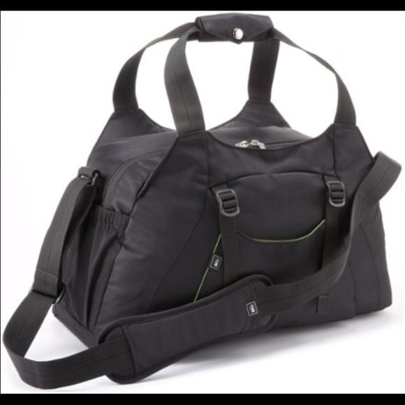 REI Black Balance Gym Bag 1917f8e6790eb