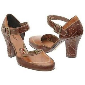 kenzie Shoes - 🔥MAKE AN OFFER🔥Kenzie shoes