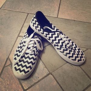 Shoes - Black and white Chevron sneakers