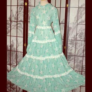 Vintage 1970s GUNNE SAX BY JESSICA Festival Dress