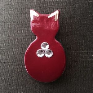 Artist Signed🚨SUZ GLASS Red Enamel Cat Pin Brooch